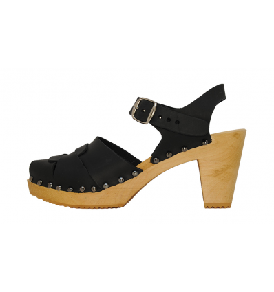 Ebba Sandals