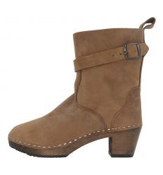 Sara Boots